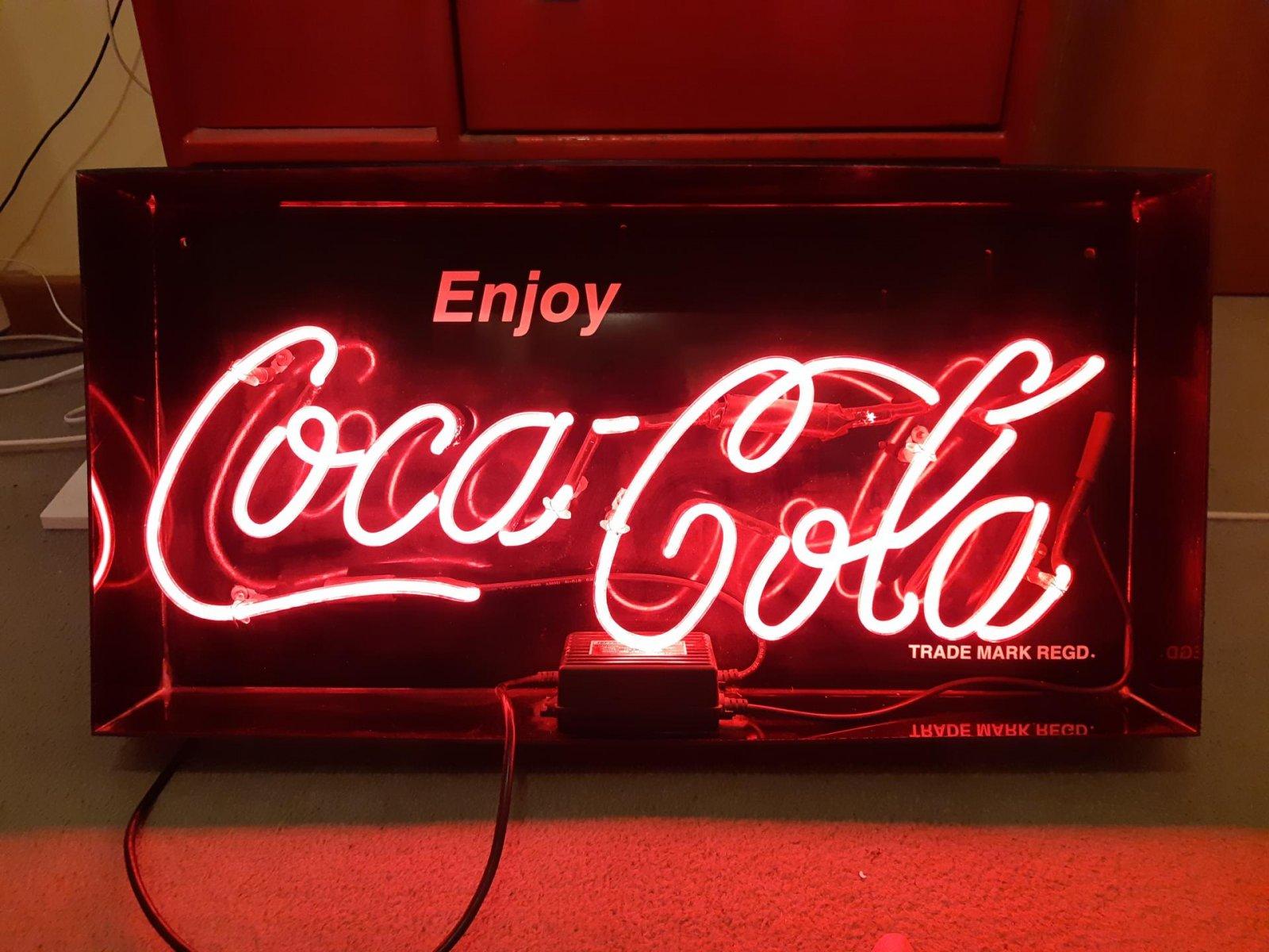 Coke Neon 1.jpg
