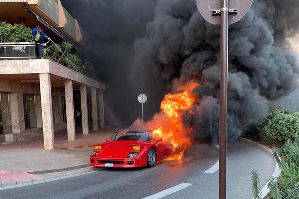 Ferrari-F40-on-fire-in-Monaco.jpg
